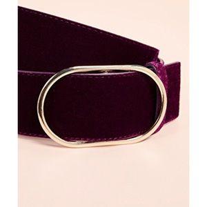 Oval Frame Belt